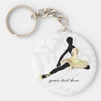 bailarina elegante vestida no marfim chaveiro