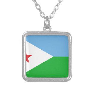 Baixo custo! Bandeira de Djibouti Colar Banhado A Prata