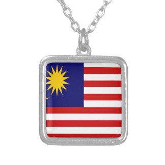 Baixo custo! Bandeira de Malaysia Colar Banhado A Prata
