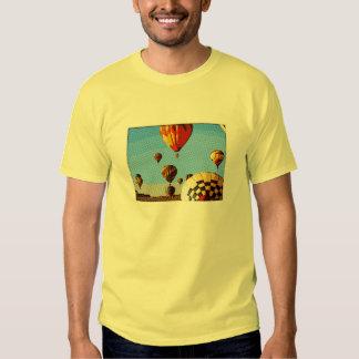 Balão de ar quente tshirts
