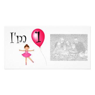 Balão do vermelho da bailarina do primeiro anivers cartoes com fotos