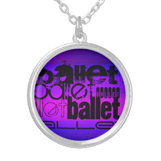 Balé; Azul violeta e magenta vibrantes Colar Com Pendente Redondo