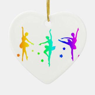 Balé do arco-íris ornamento de cerâmica coração