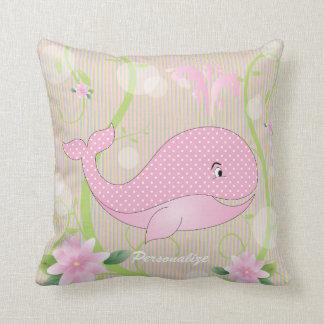 Baleia cor-de-rosa do bebê das bolinhas almofada