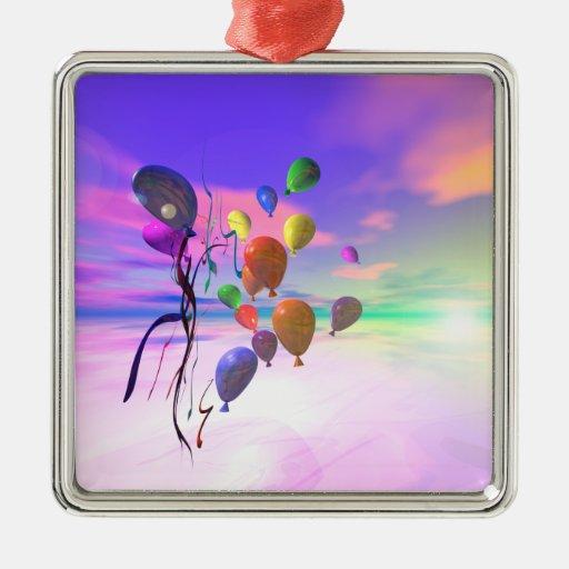 Balões do céu do feliz aniversario ornamento quadrado cor prata