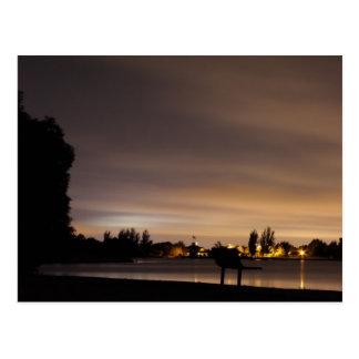 Banco de parque no cartão da noite 1