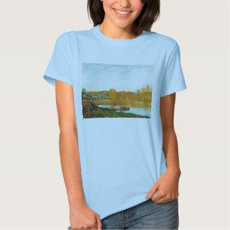 Bancos do outono do Seine perto de Bougival Sisley T-shirts