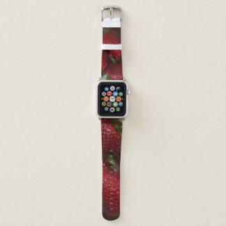 Banda de relógio de Apple enchida com as morangos