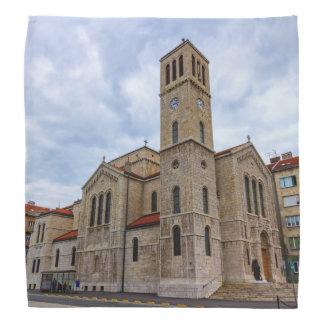 Bandana A igreja de St Joseph em Sarajevo. Bósnia e Herz
