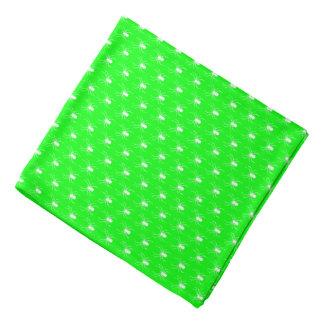 Bandana Aranhas brancas do Dia das Bruxas no verde limão