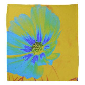 Bandana azul da flor do cosmos