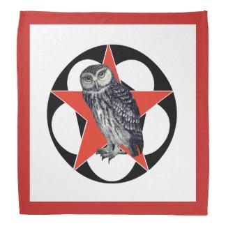 Bandana de acampamento da coruja vermelha da