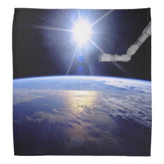 Bandana Sunburst da órbita de terra do braço do robô do