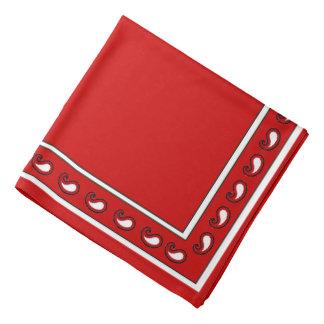 Bandana vermelho do NC Paisley do branco