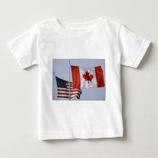 BANDEIRA AMERICANA/BANDEIRA CANADENSE TSHIRT