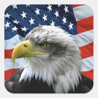 Bandeira americana da águia americana patriótica adesivo quadrado