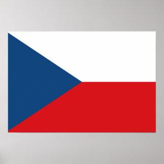 Bandeira checa poster