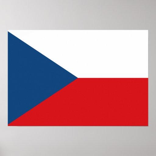 Bandeira checa posters