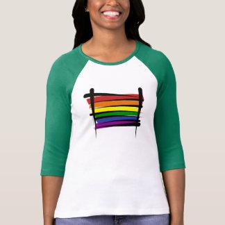 Bandeira da escova do orgulho gay do arco-íris camiseta