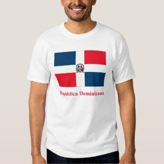 Bandeira da República Dominicana com nome no T-shirts