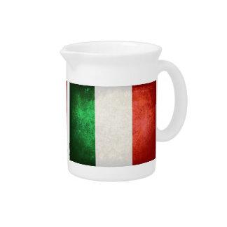 Bandeira de Italia; Jarro De Bebida
