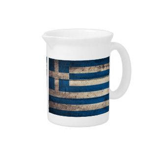 Bandeira de madeira velha da piscina; jarro para bebida