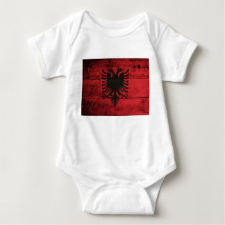 Bandeira de madeira velha de Albânia Camiseta