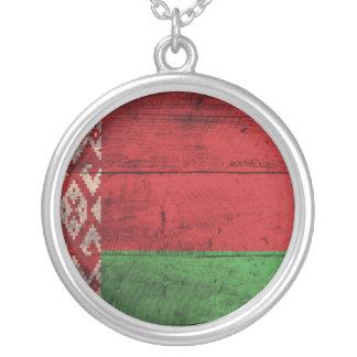 Bandeira de madeira velha de Belarus Colar Com Pendente Redondo