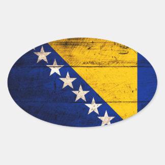 Bandeira de madeira velha de Bósnia Adesivos Em Formato Ovais