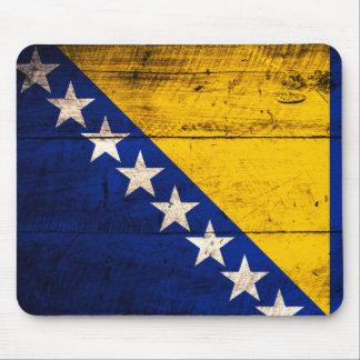 Bandeira de madeira velha de Bósnia Mouse Pad