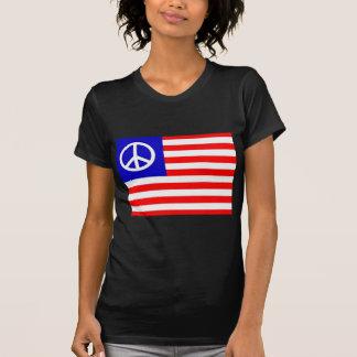 Bandeira de ondulação dos EUA da paz Camiseta
