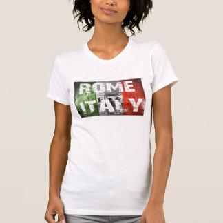 Bandeira de Roma Italia sobre o coliseu T-shirts