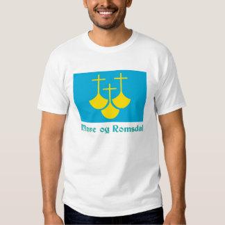 Bandeira de Romsdal do og de Møre com nome T-shirt