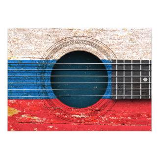Bandeira do russo na guitarra acústica velha convites personalizado