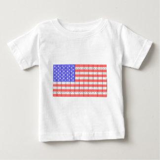 Bandeira dos Estados Unidos em uma cerca Camiseta Para Bebê