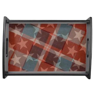 Bandeira dos Estados Unidos que serve a bandeja