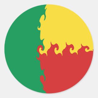 Bandeira Gnarly de Benin Adesivos Em Formato Redondos