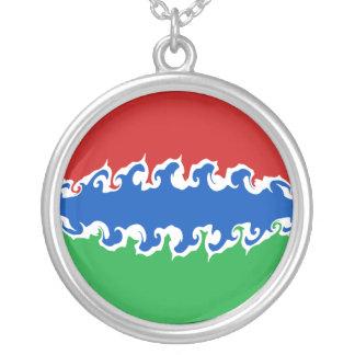 Bandeira Gnarly de Gambia Colar Com Pendente Redondo