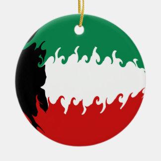 Bandeira Gnarly de Kuwait Ornamento De Cerâmica Redondo