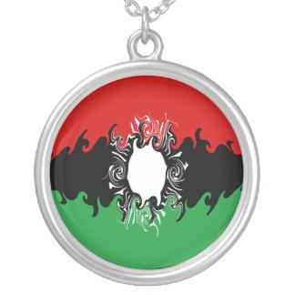 Bandeira Gnarly de Malawi Colar Com Pendente Redondo