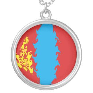Bandeira Gnarly de Mongolia Colar Banhado A Prata