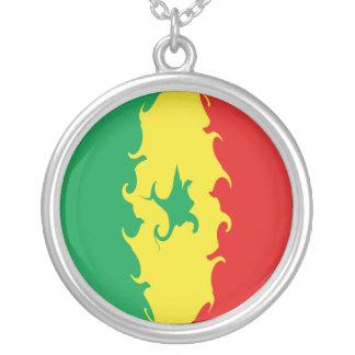 Bandeira Gnarly de Senegal Colar