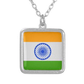 Bandeira indiana colar com pendente quadrado