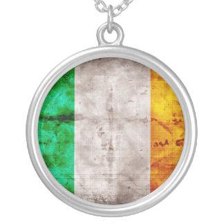 Bandeira irlandesa colar com pendente redondo