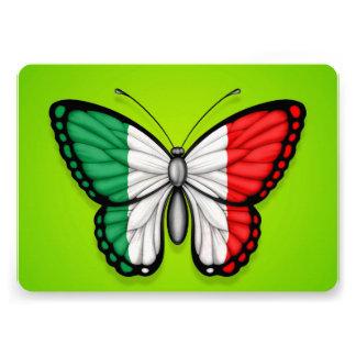 Bandeira italiana da borboleta no verde convite