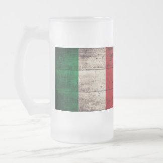 Bandeira italiana de madeira velha; caneca