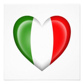 Bandeira italiana do coração no branco convites personalizados