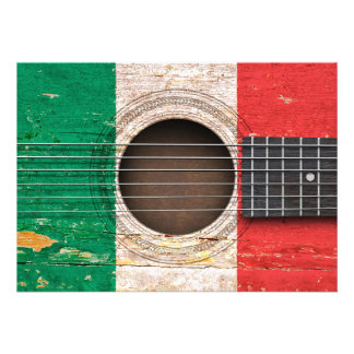 Bandeira italiana na guitarra acústica velha convite personalizado