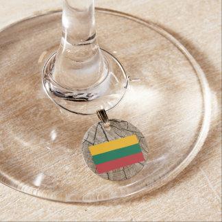 Bandeira lituana no latido de árvore enfeite de taças de vinho