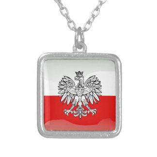 Bandeira lustrosa polonesa colar banhado a prata